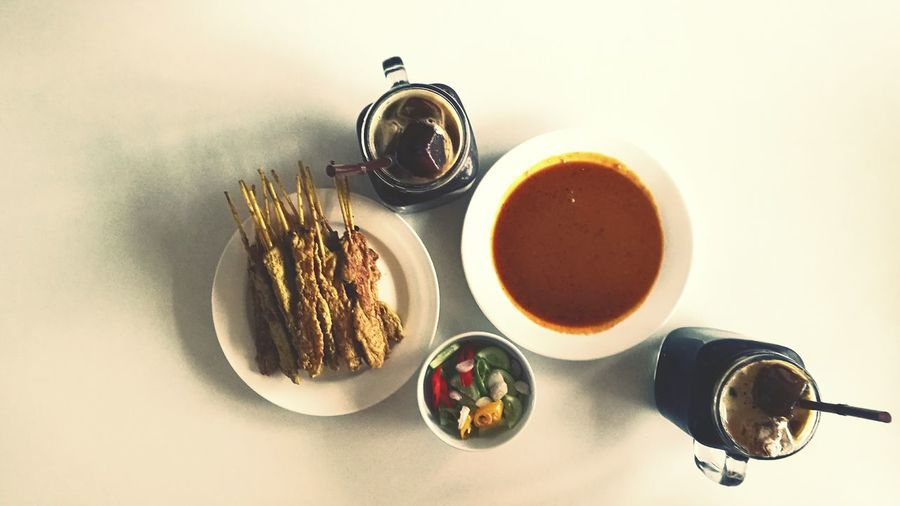 White Background Indoors  Freshness Food No People Thailand Coffee Time Coffee satay pork