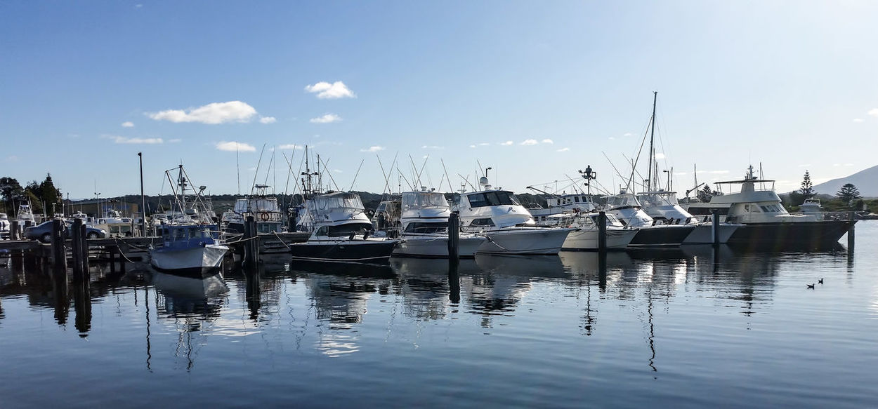 Beautiful day at Bermi🌞 waiting for fish and chips🐟🍟 Mariner Yachts Boat Fishing Making A Living Fish Monger Water Reflections Waterfront Hanging Out Taking Photos Hello World Enjoying Life EyeEm Best Shots Ladyphotographerofthemonth Eyeemphotography EyeEm Gallery Samsungphotography Waterscape