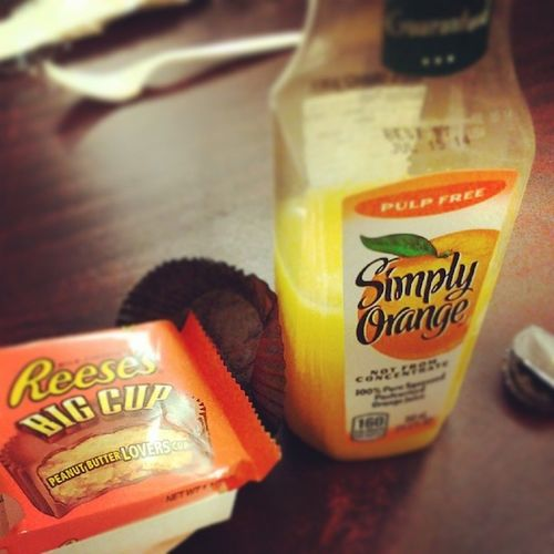 Break time Work Simplyorange Pulpfree Reeses bigcup yummy healthynothealthy