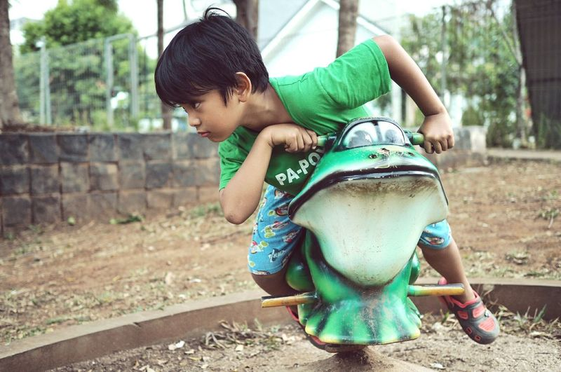 FrogGP Racer Streetphotography People EyeEm Indonesia Everybodystreet Humaninterest Kids Kids Being Kids