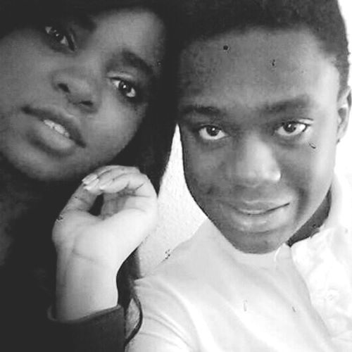 avec ma folle adorée Bestfriends ♥ Africains Taking Photos Instafunny