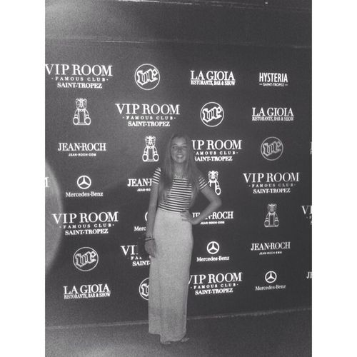 Taking Photos Summer Enjoying Life VIP Room