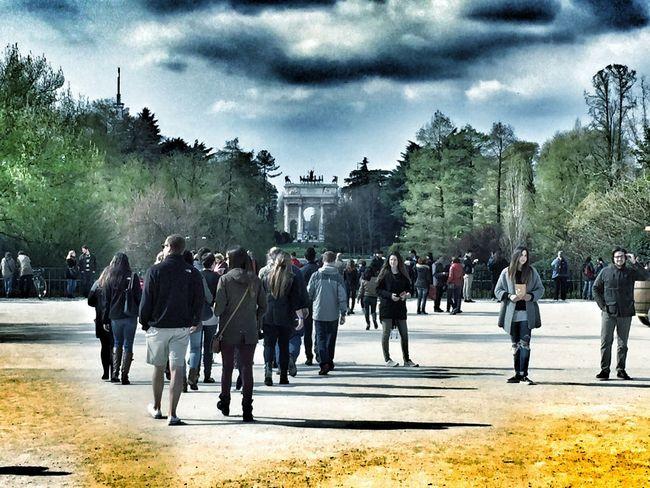 parco centrale Parco Sempione Milano Hanging Out Parklife
