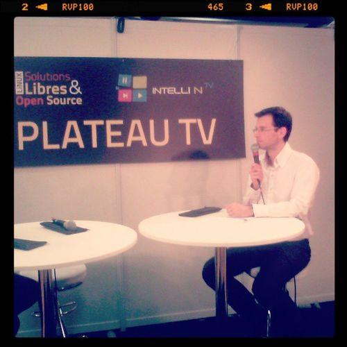 Comme chaque année @PScoffoni assure le plateau TV du salon SolutionsLinux