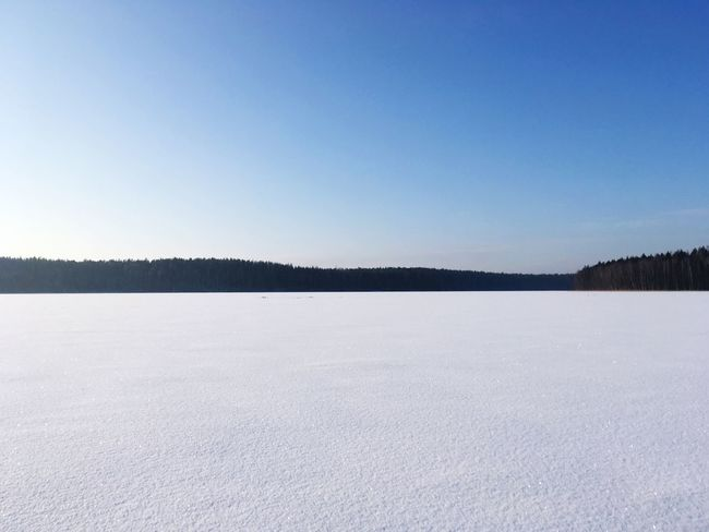 Cold Temperature Winter Snow Tranquil Scene Nature Frozen Beauty In Nature Scenics Cold Ice Clear Sky Copy Space Landscape White Color Lake Day Blue Outdoors No People