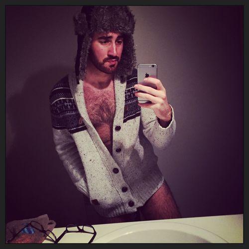 - Frozen - Gaybeard Beard Gayboy Gaymen Chapka Frozen Greek Followme