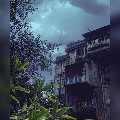 Instashot Nocrop TP Thanderstorm 😀😎✌📷☔ Worli B .D.D Monsoon Rain Instalike Instagram