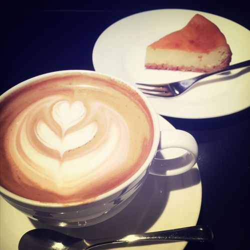 Caffè Latte Coffee Relaxing Cheesecake Enjoying Life
