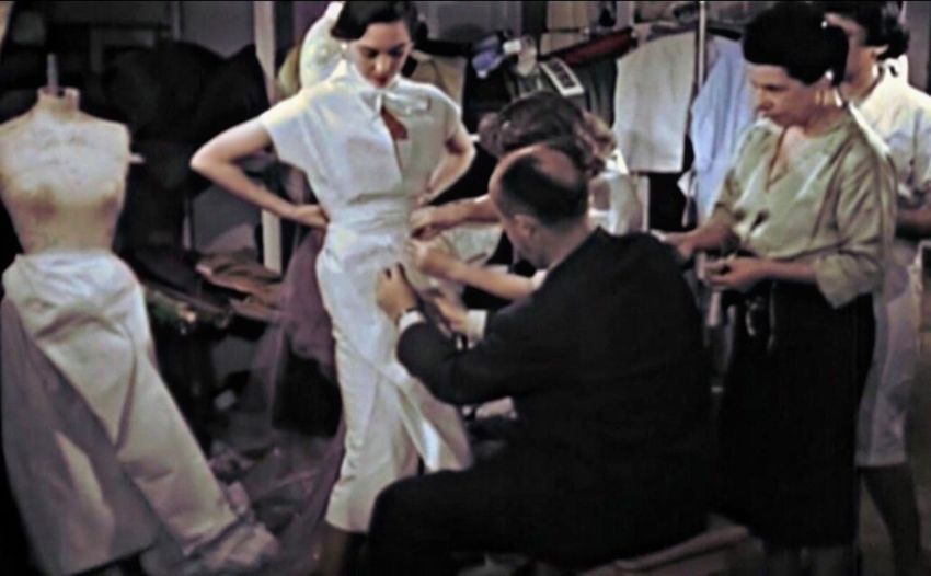 Fashion atelier 🌹 Autour De Vous The Week on EyeEm Art Couture, Fashionable, EyeEm Best Shots Premium Collection EyeEmNewHere Eyeemphotography Fashion Fashion Photography Couture, Fashionable, Group Of People Men Adult Women Indoors  Three Quarter Length Young Adult Standing Full Length People Group Medium Group Of People Business Mid Adult Mid Adult Men Arts Culture And Entertainment Performance Males  Celebration