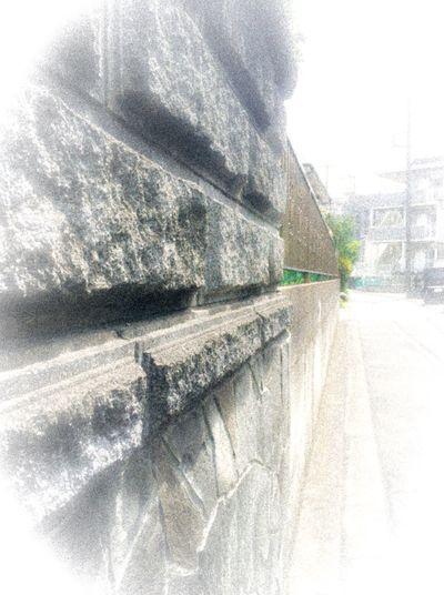 続く石の壁 Afternoonphotography Streetphotography