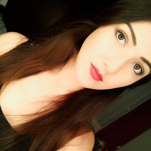 Selfie ✌ Serouisly  Seriousface Red Lips Makeup ♥ Loveit♥