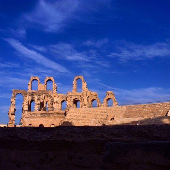 Эль-ДжемТунис амфитеатр третий После Колизея