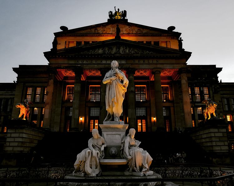 Friedrich Schiller Monument (Reinhold Begas | 1831 - 1911) - Konzerthaus Berlin Evening Night Lights Berlin Berlin Photography Friedrich Schiller Gendarmenmarkt Konzerthaus Berlin Reinhold Begas City Sculpture Statue Cityscape History The Architect - 2018 EyeEm Awards