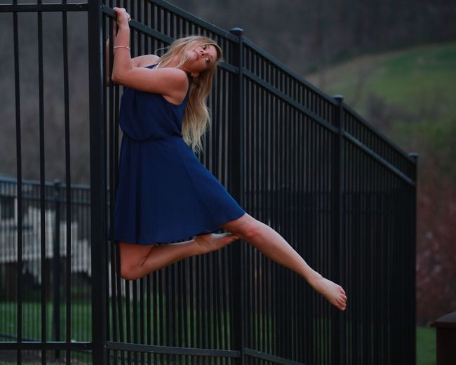 EyeEm Selects Railing One Person Full Length Balcony Side View Outdoors Real People Day Women One Woman Only Young Women Young Adult Adult People Adults Only Sommergefühle EyeEm Selects