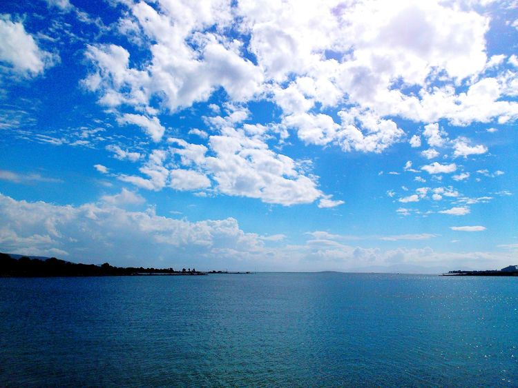 Water Cloud - Sky Blue Nature Sky Lake Horizon Over Water No People Beauty In Nature Endless Sky