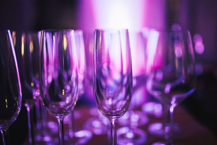 Champagne Champagne Glasses Sektglas Alcohol Bar - Drink Establishment Celebration Champagne Champagne Flute Close-up Drink Drinking Glass Focus On Foreground Food And Drink Freshness Indoors  Luxury Night Nightclub No People Party - Social Event Purple Purple Tones Sekt Sektgläser Wineglass