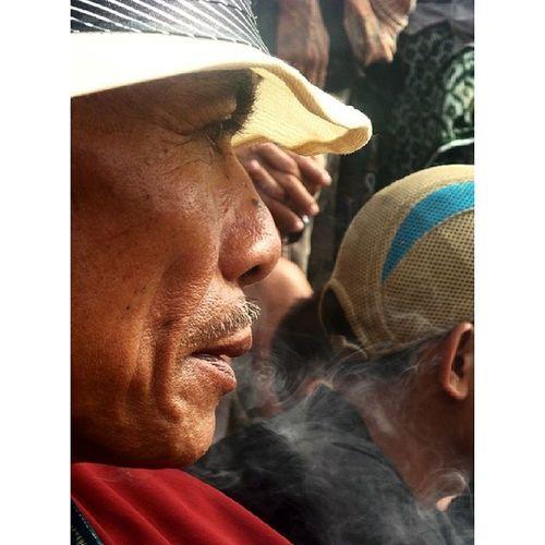 Di suatu pertarungan adu kerbau. Toraya DiscoverIndonesia Tribal Tribalproject