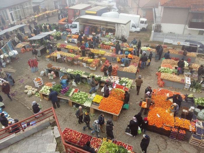 🍏🍋🍎🍐🌰 Market High Angle View Multi Colored Large Group Of People Real People Outdoors People Landscape Cold Temperature Winter Be. Ready. EyeEmNewHere Men Women Market Stall Day