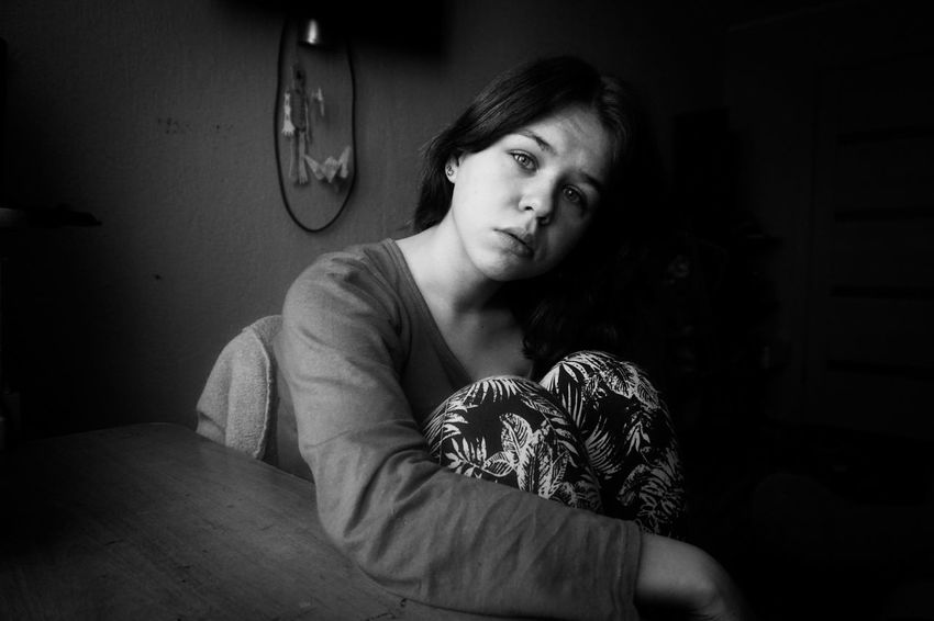Black And White The People Woman Girl Black And White Photography One Person Black&white