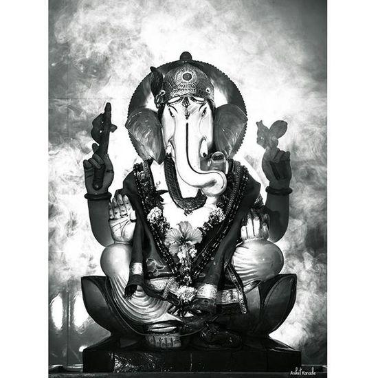 Ganapati Bappa Moraya !! Instalike Instagram Puneinstagrammers Pca_bappa Festival Ganapatibappamorya Puneclicksarts Indiaclicks Blackandwhite Oyemystory India Photographersofindia Pune Aniketkanade