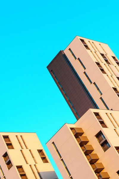 Building Exterior City Clear Sky The Architect - 2017 EyeEm Awards Graphic Design Low Angle View Minimal Minimalism Minimalism_masters Minimalist Minimalist Architecture Minimalist Photography  Minimalistic Minimalmood Minimalobsession No People Outdoors Sunlight Warm Warm Day Warm Light The Graphic City