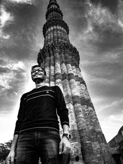 So there is me and 1900 others in a flight right behing Qutub minar. Sky Architecture Outdoors Black And White Photography Me Smile So High