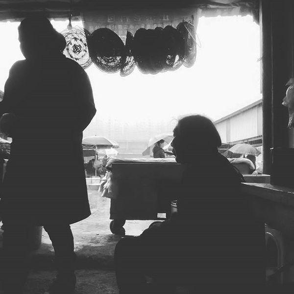 黑白照片 Black & White Oldwomen 老人 The Architect - 2016 EyeEm Awards The Street Photographer - 2016 EyeEm Awards The Great Outdoors With Adobe The Portraitist - 2016 EyeEm Awards