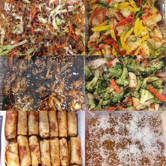 01/18/2016 Lunch today at the office Lunch Bihon Noodles Fishfillet Chickenteriyaki Broccoli Springroll Lumpia Pichipichi Dessert