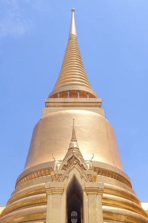 pagoda in wat phra keaw temple Sky Shine Pagoda Golden Pagoda Gold Pagoda Architecture Thai Architect Art Thai Art History Building Building Exterior Tall Tall - High Old Thailand Bangkok Temple Worship EyeEm Selects Clear Sky Place Of Worship Gold Gold Colored Religion Pagoda Architecture Sky Landscape Ancient
