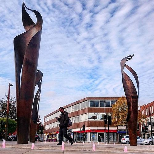 Sculptures in Letchworth Town Centre.. Letchworth Letchworthgardencity Hertfordshire Sky Clouds Art Sculpture Sculptures Arcitecture Towncentre ican Sonyxperia Capture Snapshot