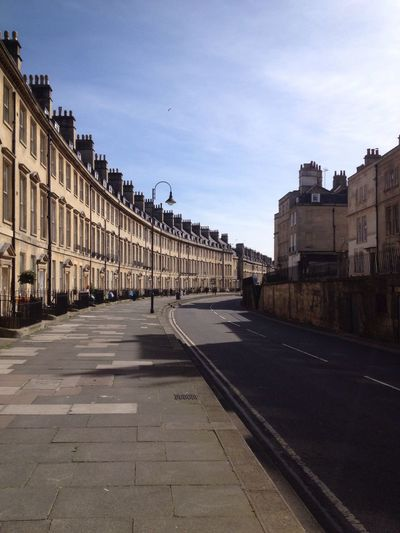 The Paragon, Bath City City Of Bath Georgian Architecture Built Structure Building Archictecture Crescent Pavement Street Streetphotography Sunshine Sun Historical Building History The Architect - 2016 EyeEm Awards Building Exterior