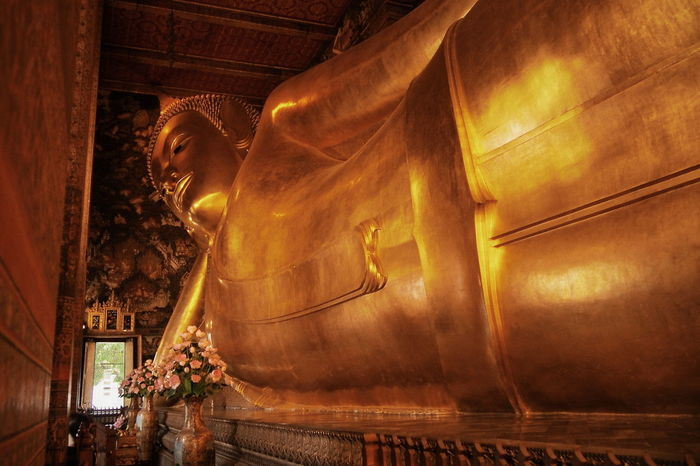 🙏 Day No People Indoors  Statue Travel Destinations Gold Religion Temple Buddha Buddha Statue WatPoh