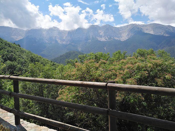 Idyllic shot if mountains against sky