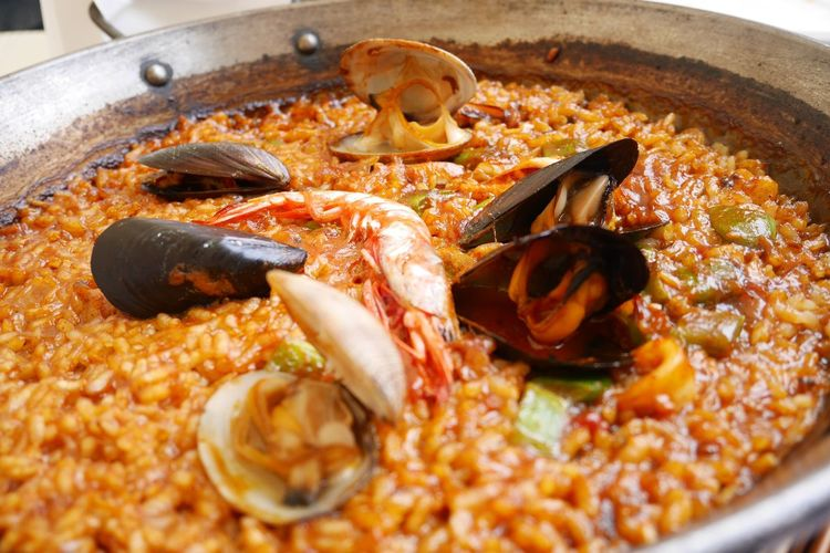 Paella menu Paella! SPAIN Spanish Food Food And Drink Food Freshness Meat Seafood Crustacean Ready-to-eat Close-up Shrimp - Seafood Rice - Food Staple Dinner Prawn Cooked