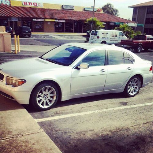 Im Rollin clean for the day... A boss man drives boss whips... YR&F™ CEO Youngrichandflashy ForeignWhips Bmw745I