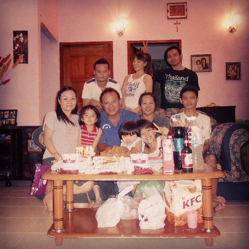 Throwback Sweet Familys Together gathering last night memories moments love party birthday father home