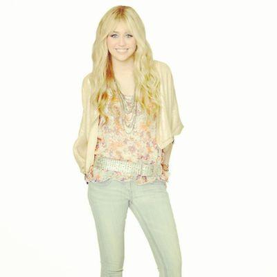 @mileyraydoll Smiler Smilers Milesbian Mileyisnotugly mileycyrus NohateforMiley hannahmontana take with credit