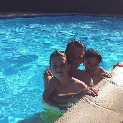 Water Pool Swimming Pool Family Leisure Activity Togetherness Men