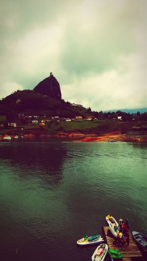 Traveling Darklake Bigrocks Guatape Cold Days Popular Photos Monochrome_Monday Lake