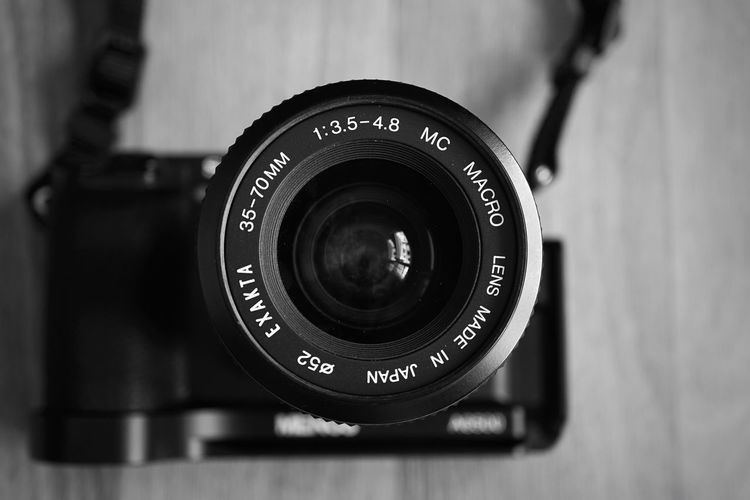Exakta 3.5-4.5/35-70mm Black Color Camera Camera - Photographic Equipment Close-up Communication Digital Camera Equipment Exakta Focus On Foreground Indoors  Lens - Optical Instrument Modern No People Number Photographic Equipment Photography Themes Retro Styled Single Object Sony A6500 Technology Text Western Script