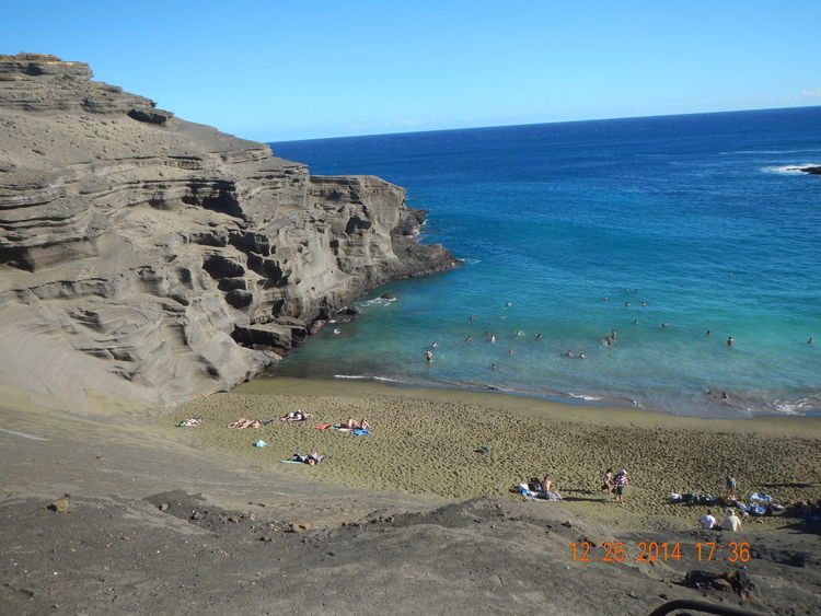 Beach Beauty In Nature Blue Clear Sky Cliff Coastline Day Greensandbeach Hawaii Horizon Over Water Large Group Of People Nature Ocean Outdoors People Rock - Object Rock Formation Sand Scenics Sea Sky Summer Vacations Water Wave