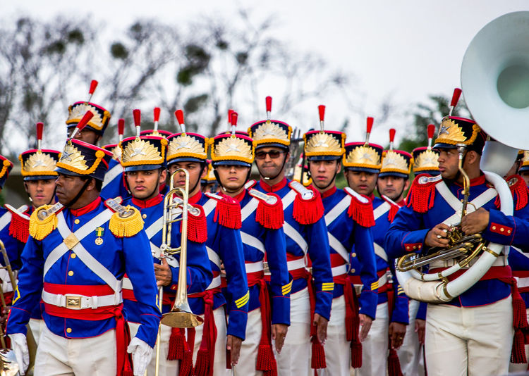📸: Daniel Nery -- 🌎: Brasília / 🇧🇷 -- 🗓: 2017 -- Group Of People Men Uniform People Arts Culture And Entertainment Adult OutdoorsBrazil Brasília Headwear Only Men Governo Government Building Government Militar Military Band Military Guarda Uniform Performance Cityscape Togetherness Day