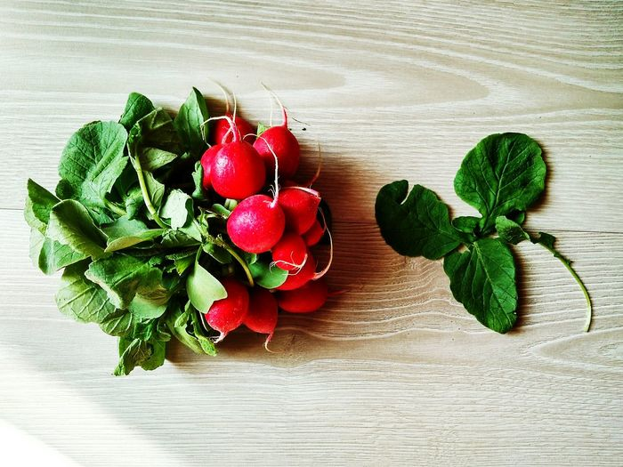 Wood - Material Radish Radishes Wooden Texture Food And Drink Leave Leaves Green Color Leaves🌿 Leaf 🍂 Vegetable Leaf Indoors  Day No People Close-up Food Red Radishes Leaves EyeEmNewHere Art Is Everywhere Visual Feast