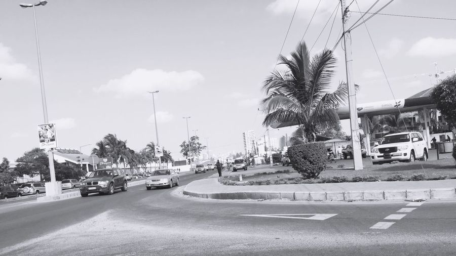 The Margjnal Avenue Street Outdoors Avenue Black And White Photography Lenscanvas Mozambique Maputo Phography City