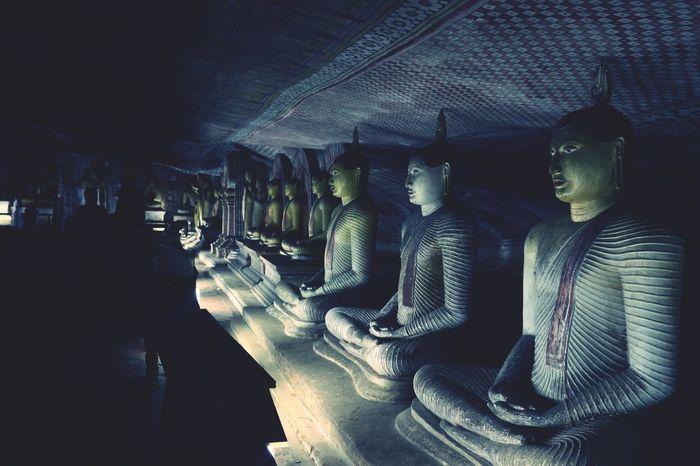 Silence Meditation Buddha Cave Stone And Statues Travelling Traveling In Sri Lanka Visit Sri Lanka