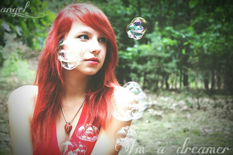 I am a dreamer Dreamer Me Taking Photos Amazing Fotoshooting Professionalphotography Model Hübsch Red Wald