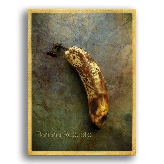 Banana Republic #squaready #ampt #ampt_community #tryingout #tinyshutter #instascoop #mobitog #mobfiction #fruit #art #iphone #iphone4s # IPhone Art Fruit IPhone4s AMPt AMPt_community Squaready Mobitog Tinyshutter Mobfiction Tryingout Instascoop