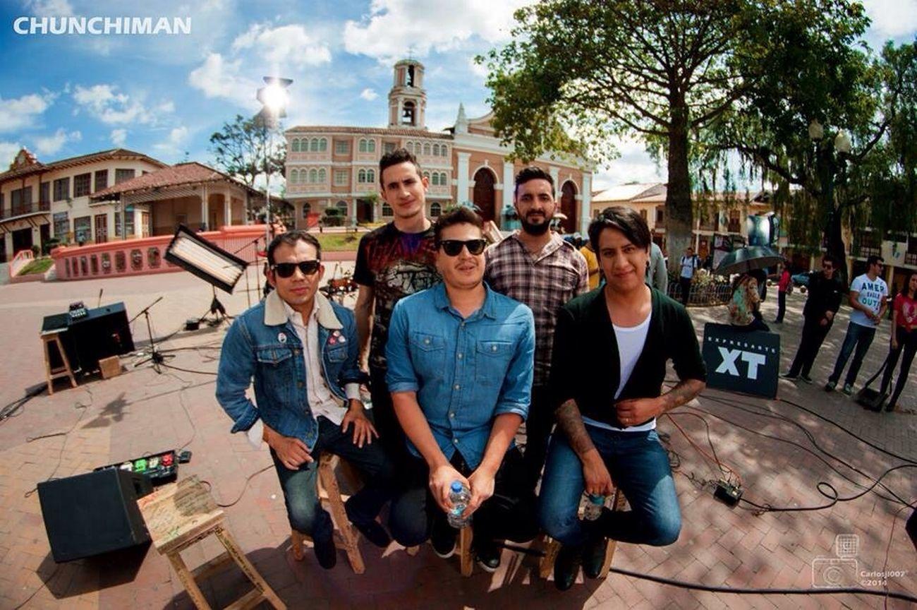 Taking Photos Rock'n'Roll BandExpresarte
