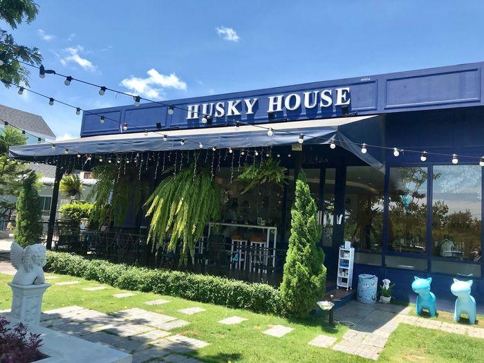 Huskey House