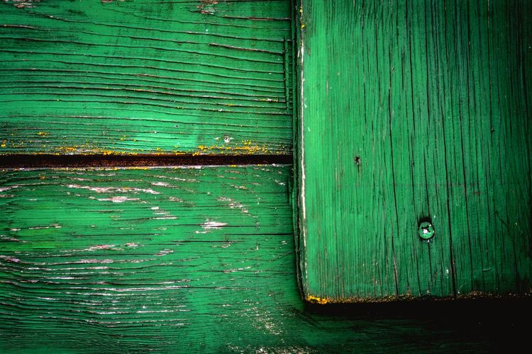 Mint By Motorola Green Urbanphotography Urban Geometry Urban EyeEm Best Shots EyeEm Best Edits Nikon Shootermag Simplicity Photographic Memory Nikon D5200 Nikonphotography From My Point Of View Shootermagazine POV Point Of View Point And Shoot Wooden Holz Holztextur Green Green Green!  Green Color Vintage Old